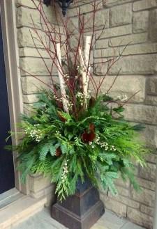 Cozy Outdoor Christmas Decor Ideas To Have Asap 11
