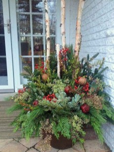 Cozy Outdoor Christmas Decor Ideas To Have Asap 19