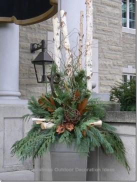 Cozy Outdoor Christmas Decor Ideas To Have Asap 33