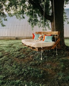 Creative Swing Chairs Garden Ideas That Looks Adorable 16