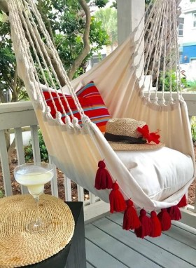 Creative Swing Chairs Garden Ideas That Looks Adorable 28