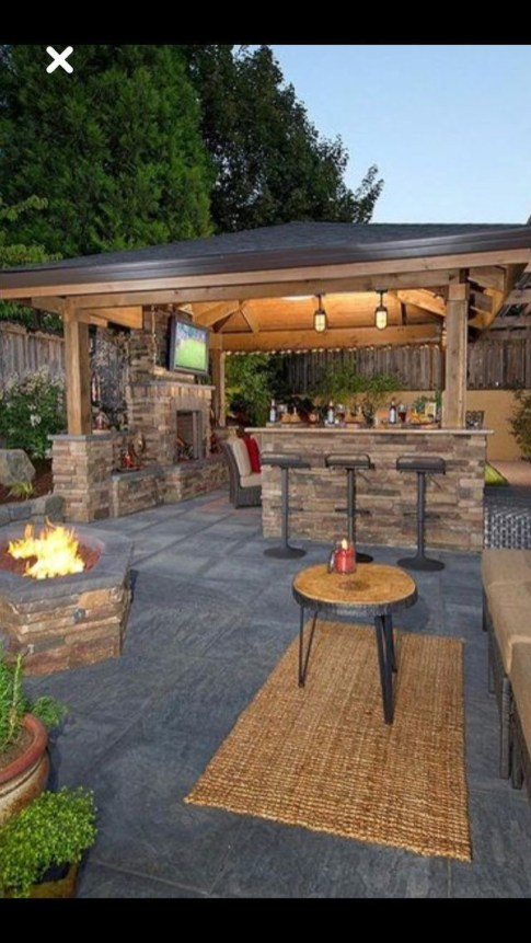 Luxury Outdoor Kitchen Design Ideas That Brings A Cleaner Looks 38