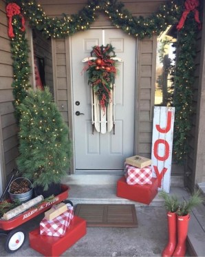 Magnificient Christmas Front Porch Decor Ideas To Try Asap 34