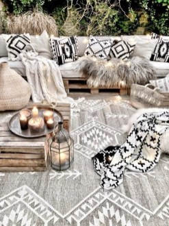 Newest Home Outdoor Decoration Ideas For Enjoying Your Days 48