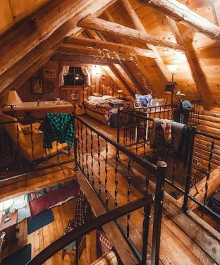 Affordable Small Log Cabin Ideas With Awesome Decoration 09