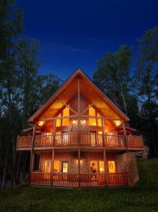 Affordable Small Log Cabin Ideas With Awesome Decoration 31