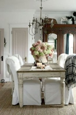 Beautiful French Country Living Room Decor Ideas To Copy Asap 36