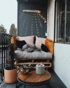 Comfy Apartment Balcony Decorating Ideas That Looks Awesome 14