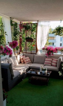 Comfy Apartment Balcony Decorating Ideas That Looks Awesome 25