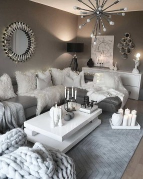Cozy Apartment Living Room Decorating Ideas That You Need To Try 08