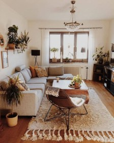 Cozy Apartment Living Room Decorating Ideas That You Need To Try 23