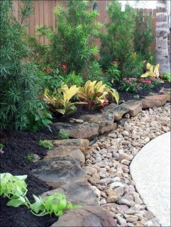 Delicate Garden Landscaping Design Ideas Using Rocks Stone To Try 13