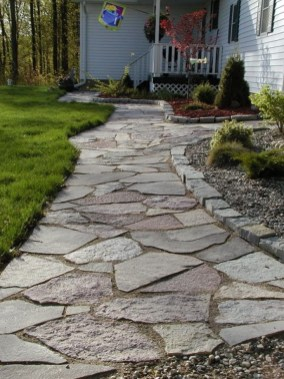Delicate Garden Landscaping Design Ideas Using Rocks Stone To Try 26