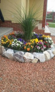 Delicate Garden Landscaping Design Ideas Using Rocks Stone To Try 31