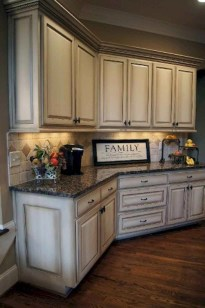 Elegant Farmhouse Kitchen Cabinet Makeover Design Ideas That Very Cozy 05