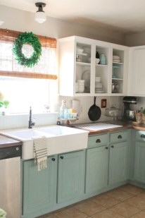 Elegant Farmhouse Kitchen Cabinet Makeover Design Ideas That Very Cozy 23