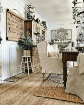 Excellent Living Room Decoration Ideas For Winter Season That Look More Cool 28