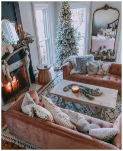 Excellent Living Room Decoration Ideas For Winter Season That Look More Cool 38