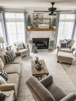 Excellent Living Room Decoration Ideas For Winter Season That Look More Cool 43