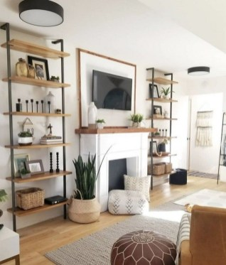 Excellent Living Room Wall Decoration Ideas That You Will Love 27