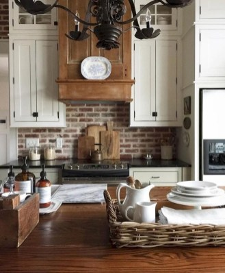 Fabulous Farmhouse Kitchen Backsplash Design Ideas To Copy 35
