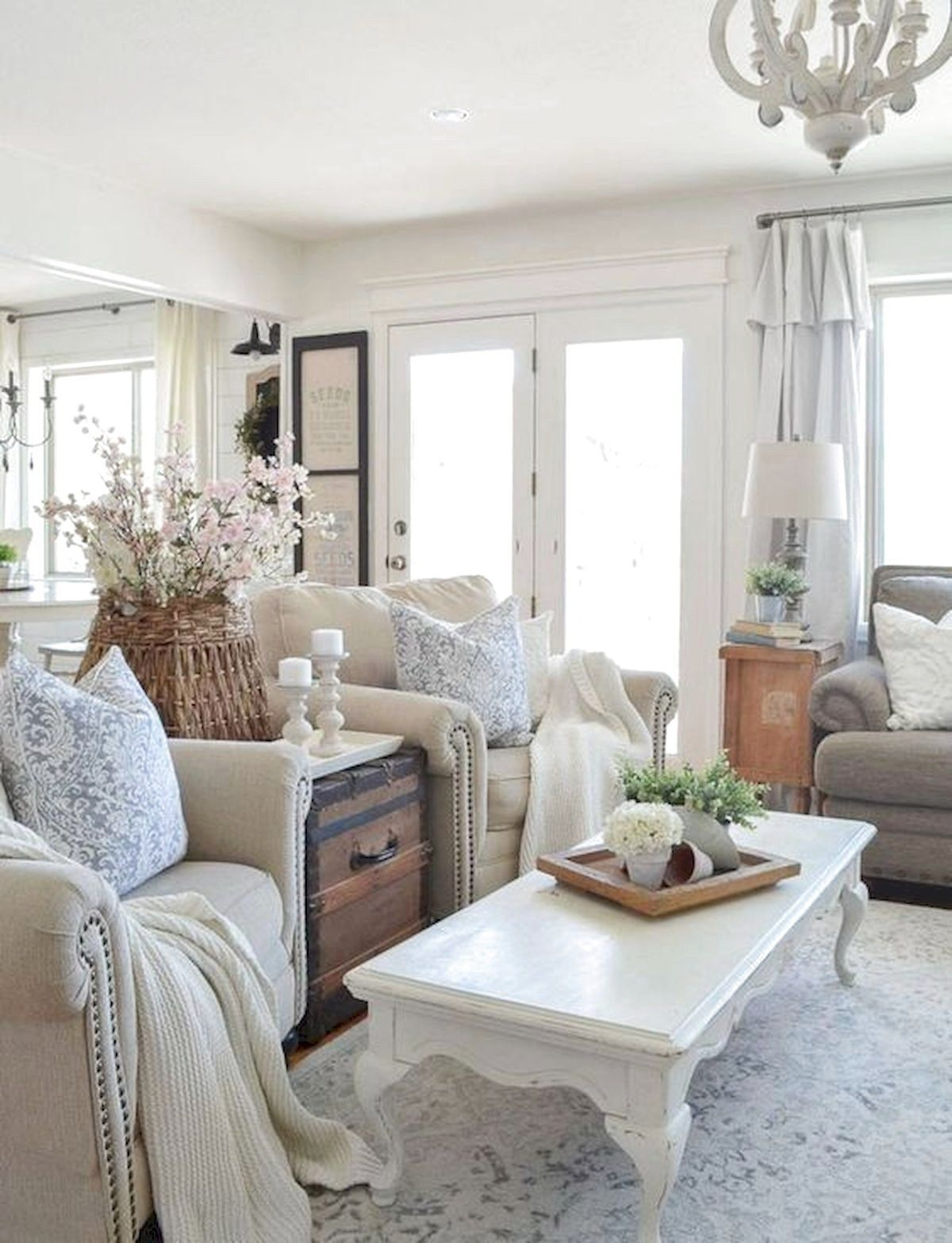 30 Gorgeous Farmhouse Living Room Makeover Decor Ideas To Try
