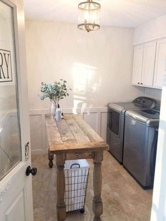 Gorgeous Farmhouse Living Room Makeover Decor Ideas To Try Asap 38