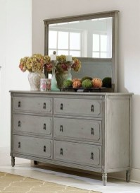Impressive Bedroom Dressers Design Ideas With Mirrors That You Need To Try 01