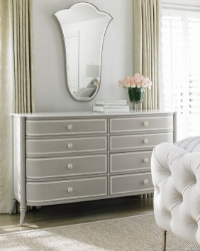 Impressive Bedroom Dressers Design Ideas With Mirrors That You Need To Try 18