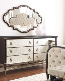 Impressive Bedroom Dressers Design Ideas With Mirrors That You Need To Try 46