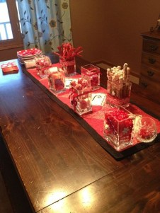 Lovely Valentines Day Table Centerpieces Ideas To Try Asap 29