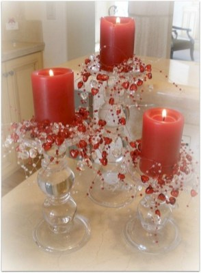 Lovely Valentines Day Table Centerpieces Ideas To Try Asap 34