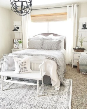 Pretty Farmhouse Master Bedroom Ideas To Try Asap 17