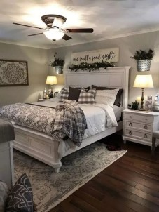 Pretty Farmhouse Master Bedroom Ideas To Try Asap 46