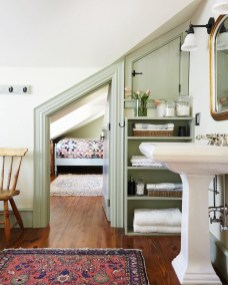 Sophisticated Home Decoration Ideas With Green Paint Combination 11
