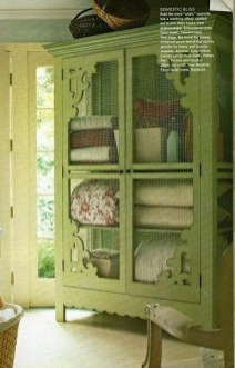 Sophisticated Home Decoration Ideas With Green Paint Combination 19