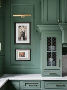 Sophisticated Home Decoration Ideas With Green Paint Combination 28