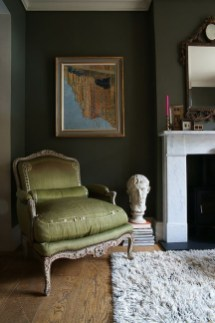 Sophisticated Home Decoration Ideas With Green Paint Combination 48