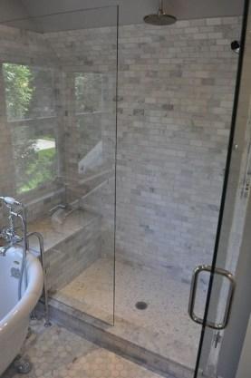 Spectacular Tile Shower Design Ideas For Your Bathroom 35