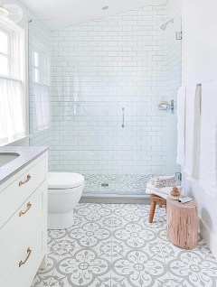 Spectacular Tile Shower Design Ideas For Your Bathroom 41