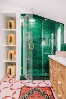 Spectacular Tile Shower Design Ideas For Your Bathroom 44
