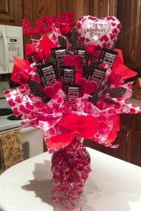 Stylish Valentines Day Decoration Ideas That You Will Love It 28
