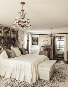 Wonderful Farmhouse Bedroom Decorating Ideas That You Need To Try 19