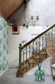 Adorable Botanical Trends Ideas To Try For Minimalist Stairs 14