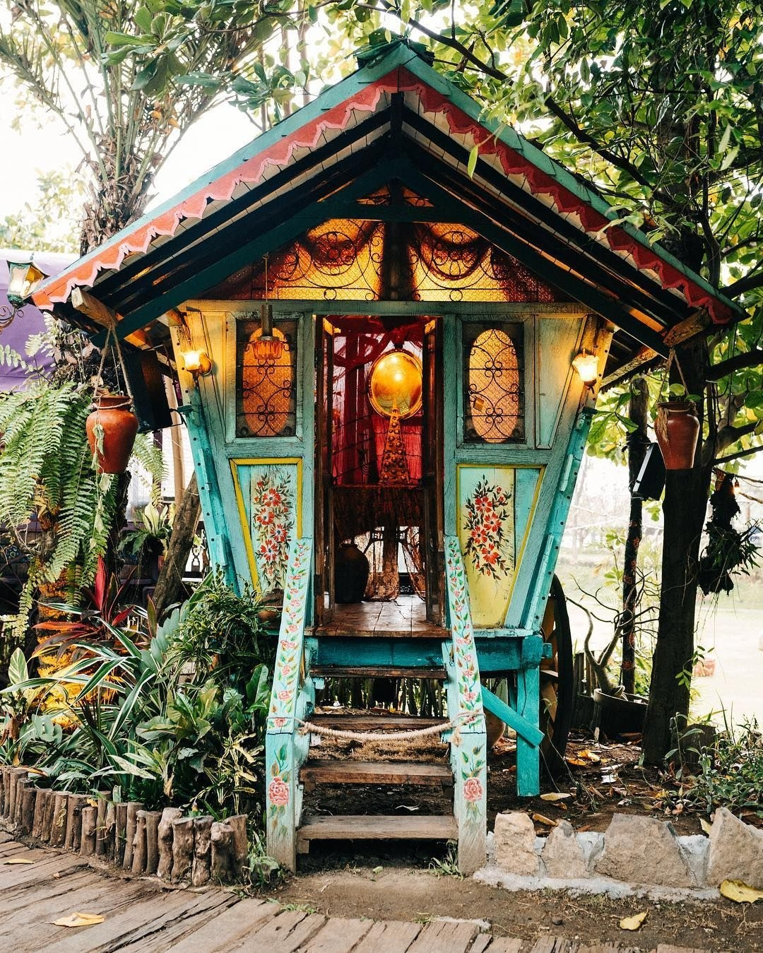 Affordable Tiny House Design Ideas To Live In Nature 22