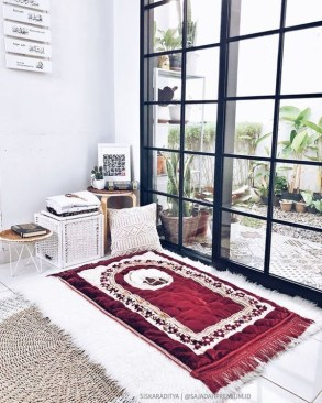 Amazing Praying Room Design Ideas To Bring Your Ramadan More Beautiful 35