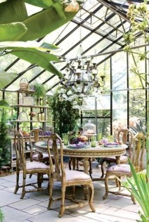 Brilliant Tropical Winter Decor Ideas That Bring Your Home Into Holiday Feel 12