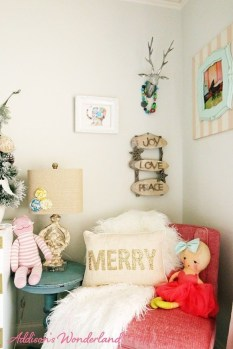 Cozy Winter Decorations Ideas For Kids Room To Have Right Now 07