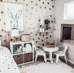 Cozy Winter Decorations Ideas For Kids Room To Have Right Now 35