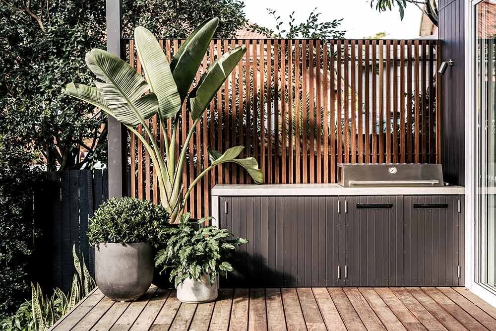 Excellent Private City Garden Design Ideas With Beach Vibes 35